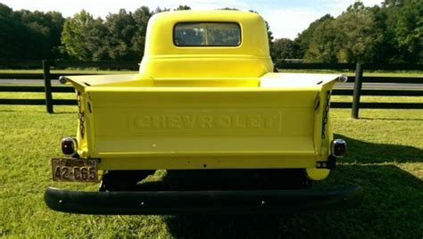 1952 chevy truck 3100 bed runs drives great 1948