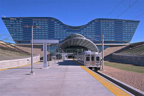 denver light district light rail connects denver international airport to
