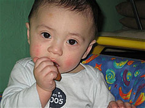 7 Ways To Soothe A Baby by 7 Ways To Soothe A Teething Baby Popsugar