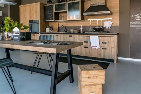cucine scavolini modelli cucina lineare scavolini modello diesel scontata cucine