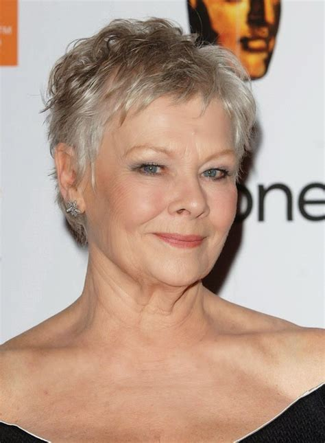 3 short haircuts for women over 50 are very pretty