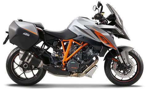 Ktm Superduke 1290 Review 2017 Ktm 1290 Duke Gt Look Review Rider