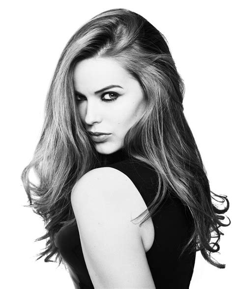Top Model Style Black White Impor high fashion supermodels images robyn lawley hd wallpaper and background photos 37132998