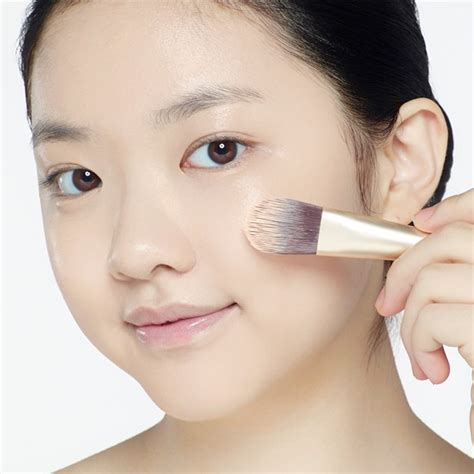 Pelembab Sebelum Make Up step step make up simple ala korea untuk tipe kulit