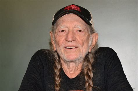veteran musician actor willie nelson to cameo in