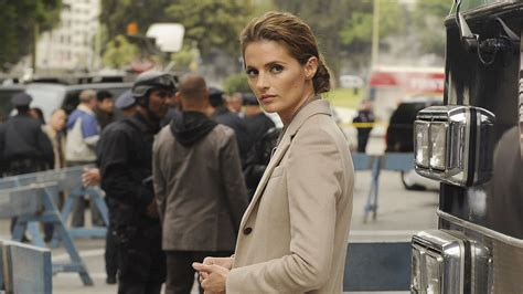 is castle coming back for 2015 2016 castle stana katic exits season nine hollywood reporter