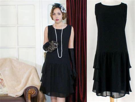 simple black dress add pearls flapper costume