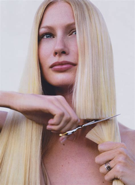 best time to cut hair for thickness in 2015 why it s time to bring back the blunt cut vogue