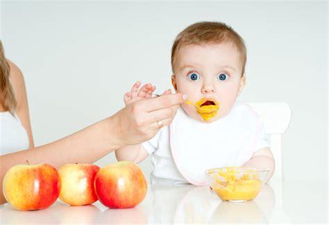 should we spoon feed babies
