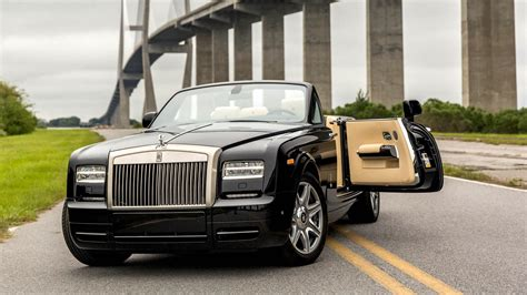 roll royce fantom test driving the 2015 rolls royce phantom drophead coupe