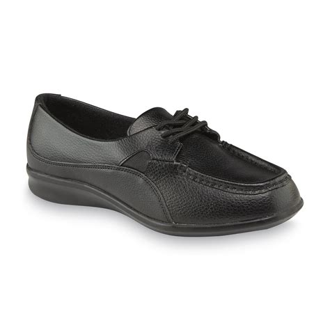 womens wide oxford shoes cobbie cuddlers s carlisle black oxford shoe wide
