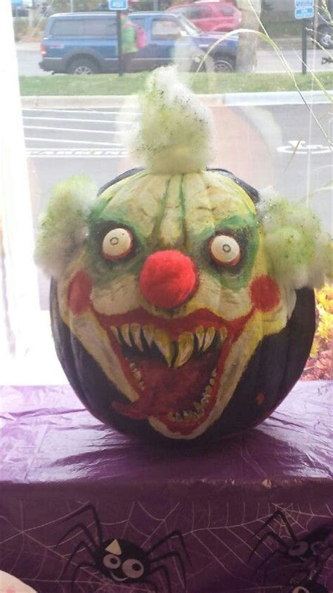 scary clowns pumpkins and scary on pinterest