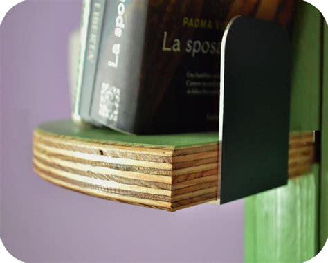 enel pavia telefono libreria di design con bobine legno per avvolgere cavi luce