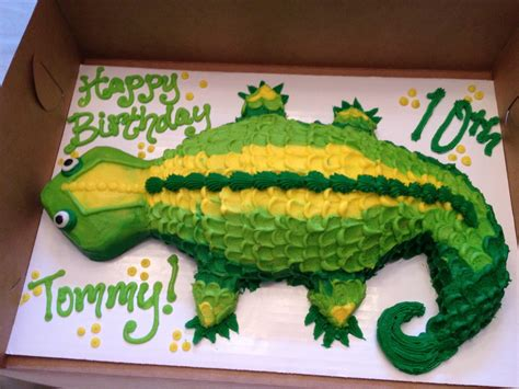 lizard cake template lizard cake for the animal loving it is all boy