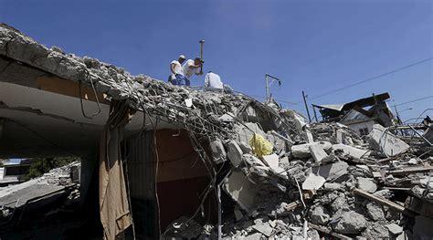 earthquake tremors 6 2 tremor strikes off ecuador coast days after deadly