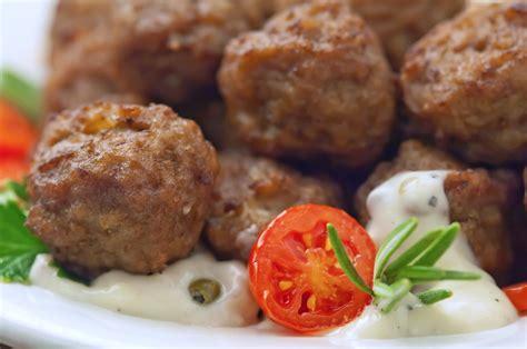 cucina greca ricette keftedes l idea per preparare e cucinare la ricetta keftedes