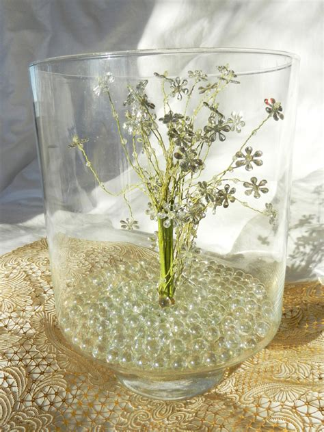 Hurricane Glass Vase Centerpieces by 10 Easy Centerpiecestruly Engaging Wedding