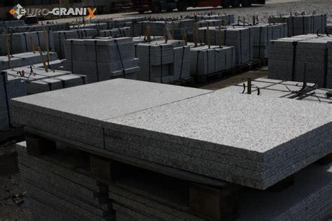 Granitplatten Polieren by Granit Bodenplatten Gehwegplatten Fassadenplatten Euro