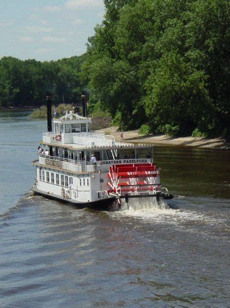 mississippi river boat cruise wisconsin mississippi river cruise padelford riverboats to take a