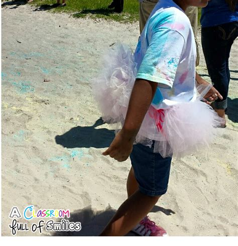 runs with spatulas how to host a seven course dinner party a classroom full of smiles how to host a school color run