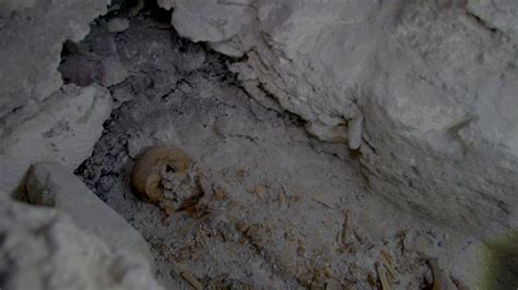 royal burial  maya city national geographic
