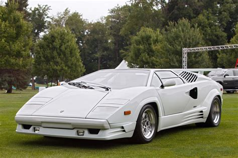lamborghini made the countach the most recognizable lambo made