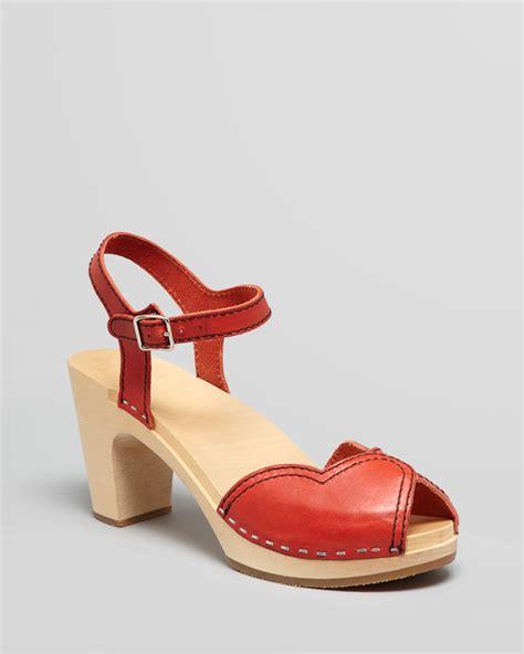 swedish clog sandals swedish hasbeens platform clog sandals