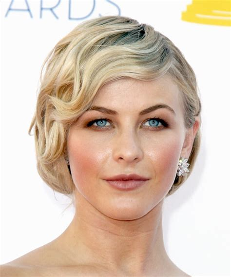 julianne hough thin hair julianne hough short wavy formal hairstyle with side swept