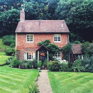 house and garden magazine usa 25 best ideas about small cottage on