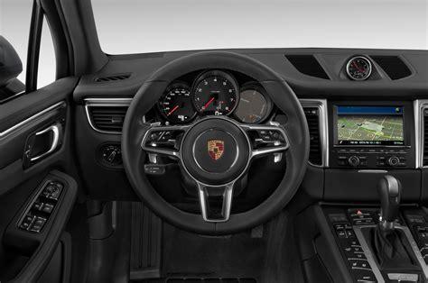 porsche macan 2016 interior 2016 porsche macan steering wheel interior photo