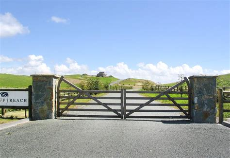 country style gates surrey delux wooden gates fences driveway gates wooden