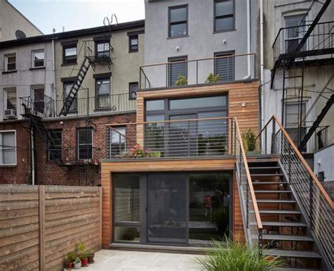 balkongeländer handlauf holz balkone holz und metall das beste aus wohndesign und