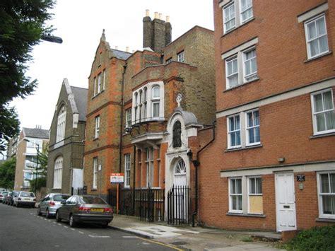 File:Poplar, Saint Frideswide's Mission House, Lodore