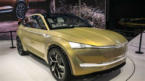 China Auto by Electric Car Start Up Future Mobility Edges Closer