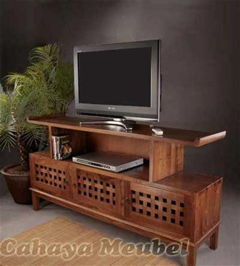 rak tv klasik modern kayu jati bufet tv modern cahaya mebel jepara