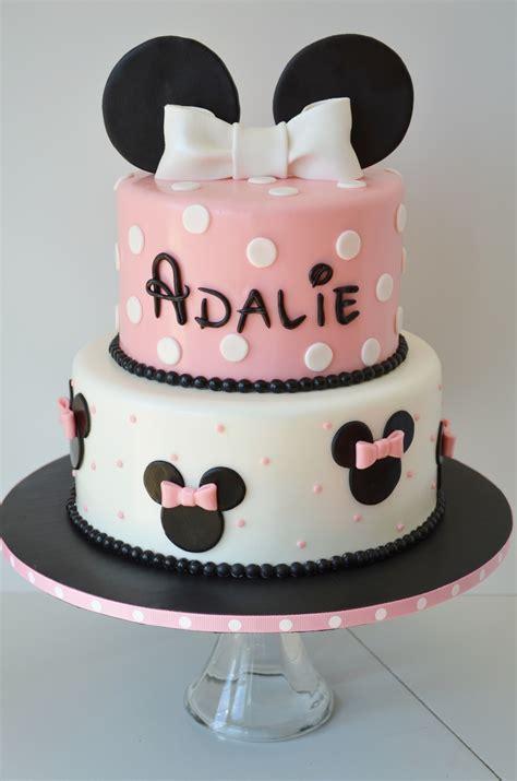 minnie birthday cake  cake pops cakecentralcom