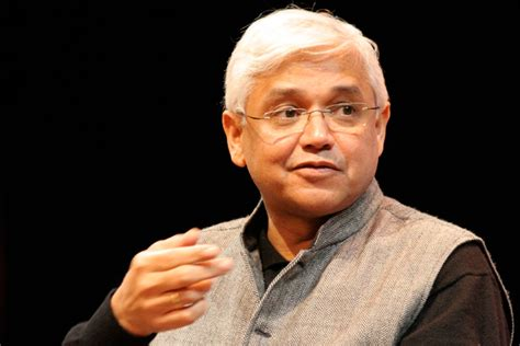 hindi writers biography in hindi amitav ghosh biography books and facts