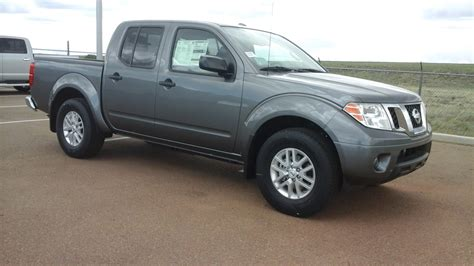 Grey 2017 Nissan Frontier Sv Crew Cab 4x2 Pickup Tate S