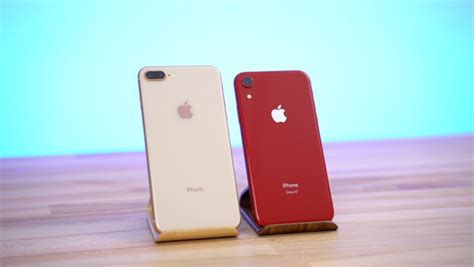 comparing the iphone xr with the iphone 8 plus in the real world