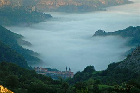 imagenes de paisajes europeos lagos de covadonga picos de europa valle de covadonga