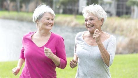 alimentazione e osteoporosi prevenire l osteoporosi con alimentazione e sport adieta it