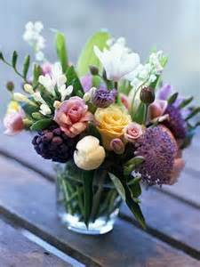 beautiful flower arrangements flower arrangements and beautiful bouquets refresh the atmosphere interior design ideas avso org
