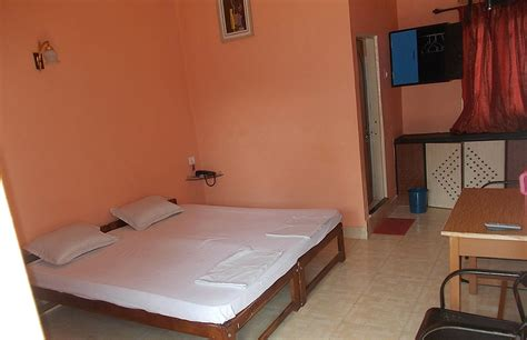 Cheap Cottages In Goa by Huts Cottages In Goa Budget Cheap Luxury Huts