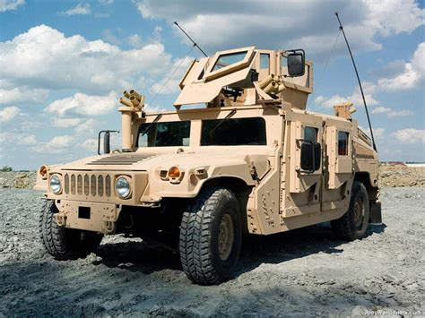 military hummer wallpaper military humvee us army humvee 10583 hd wallpapers