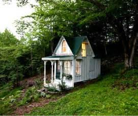 small victorian cottage plans tiny romantic cottage house plan tiny victorian cottage