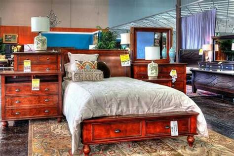 the dump bedroom sets 1000 images about bedroom with storage on pinterest