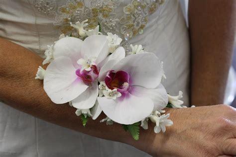 Korsase Wedding Braidsmate wrist corsage flowers of sydney