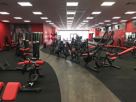 gym pictures basildon gym snap fitness 24 7