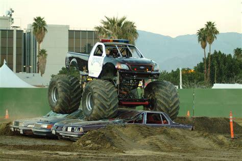 strange police truck monster truck