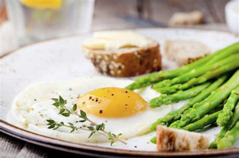 come cucinare asparagi con uova asparagi e uova ricetta unadonna